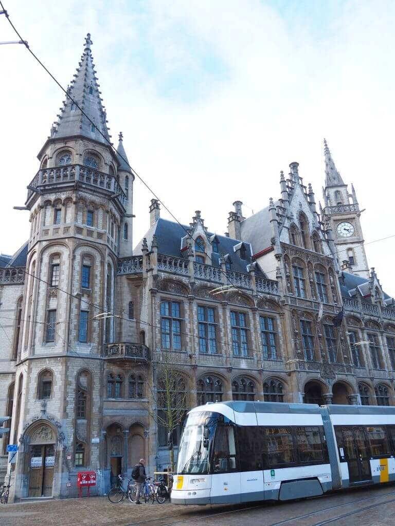 3 Cities in 3 days... My Solo Adventure through Brussels, Bruges and Ghent | Belgium | Where's Mollie? A travel and adventure lifestyle blog