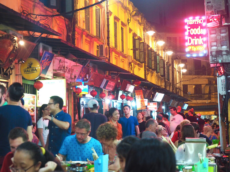 A Backpackers Guide to Hanoi, Vietnam - Where's Mollie