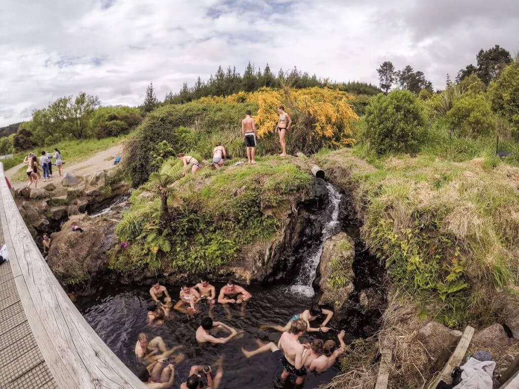 A Backpackers Guide To Taupo, New Zealand   Where's Mollie? A UK Travel and Adventure Lifestyle Blog-8