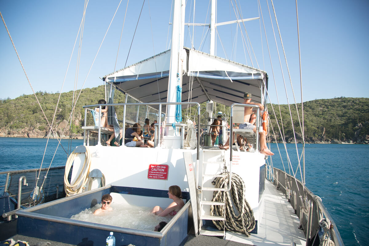 sailing-the-whitsundays-on-board-the-atlantic-clipper