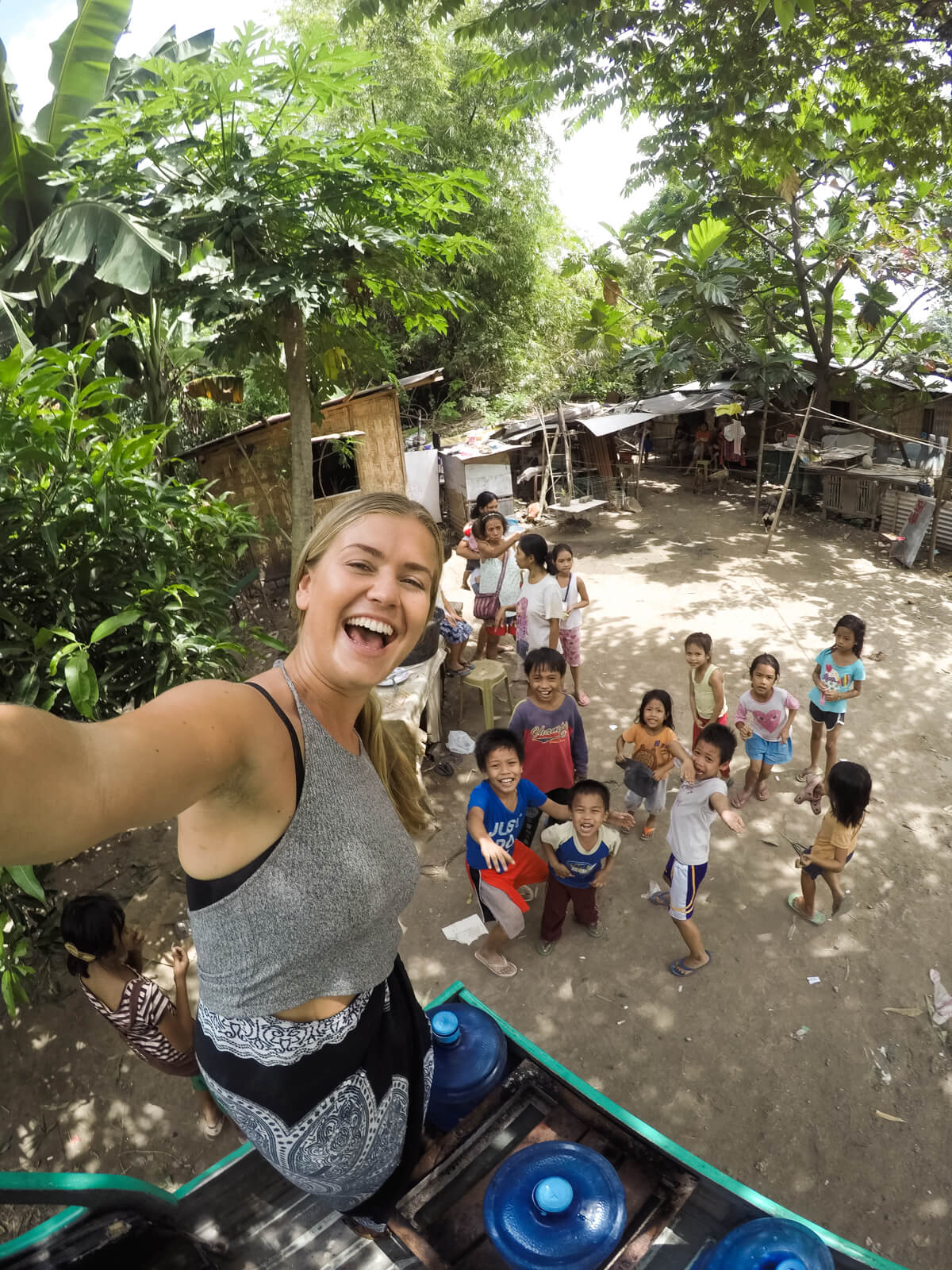 Volunteering in the Slums Cebu City, Philippines | Where's Mollie? A travel and adventure lifestyle blog-35