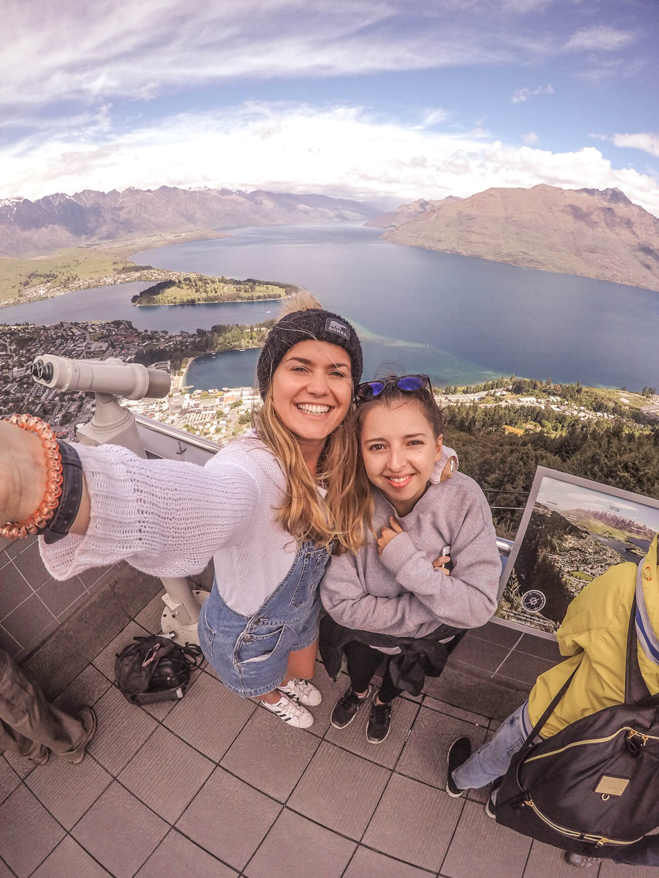 A complete guide to the Kiwi Experience, New Zealand | Where's Mollie? A travel and adventure lifestyle blog