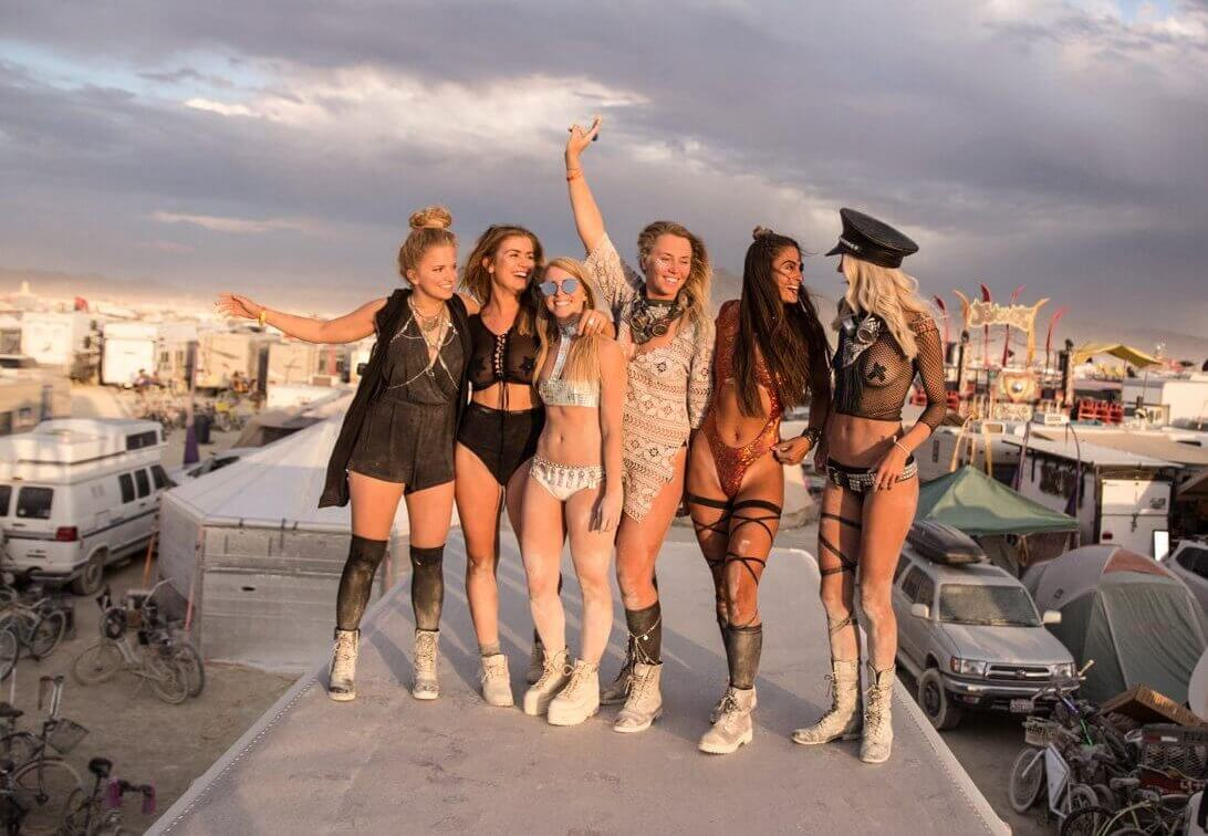 My reaction to Burning Man plus your FAQ'S answered   Where's Mollie? A travel and adventure lifestyle blog