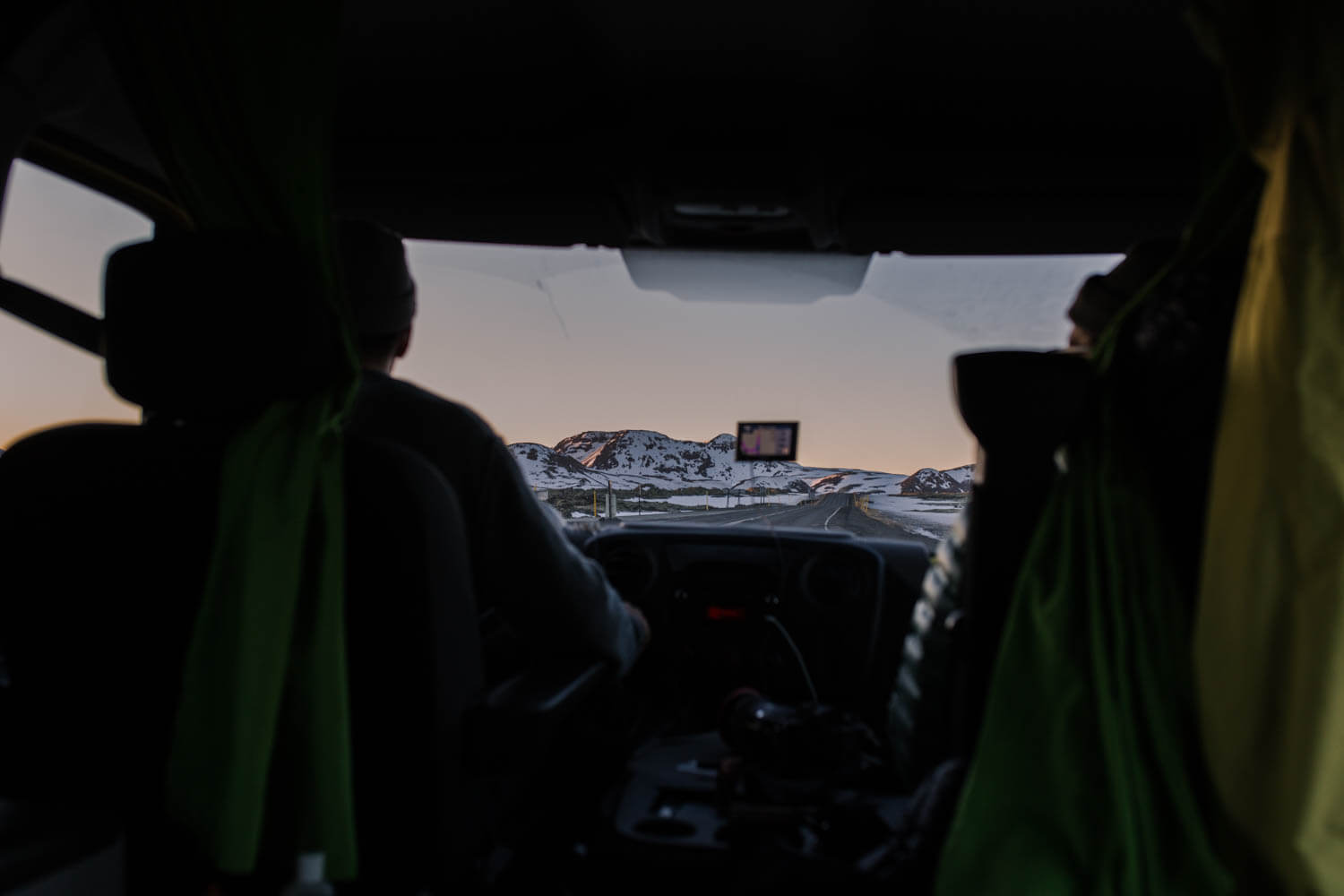 A guide to planning your Iceland road trip ft. our 5 day itinerary   Where's Mollie? A travel and adventure lifestyle blog